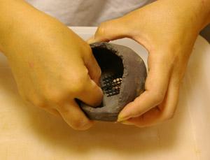 盆栽の作り方 鉢穴にネット